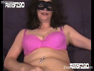 Bitch with saggy tits, home porn with the dog on live cam