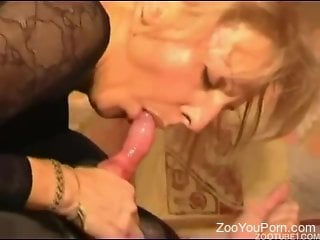 Blonde gets her pussy plowed by a black doggo