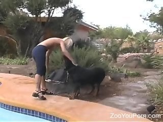 Poolside fuck for a good-looking zoophile blonde